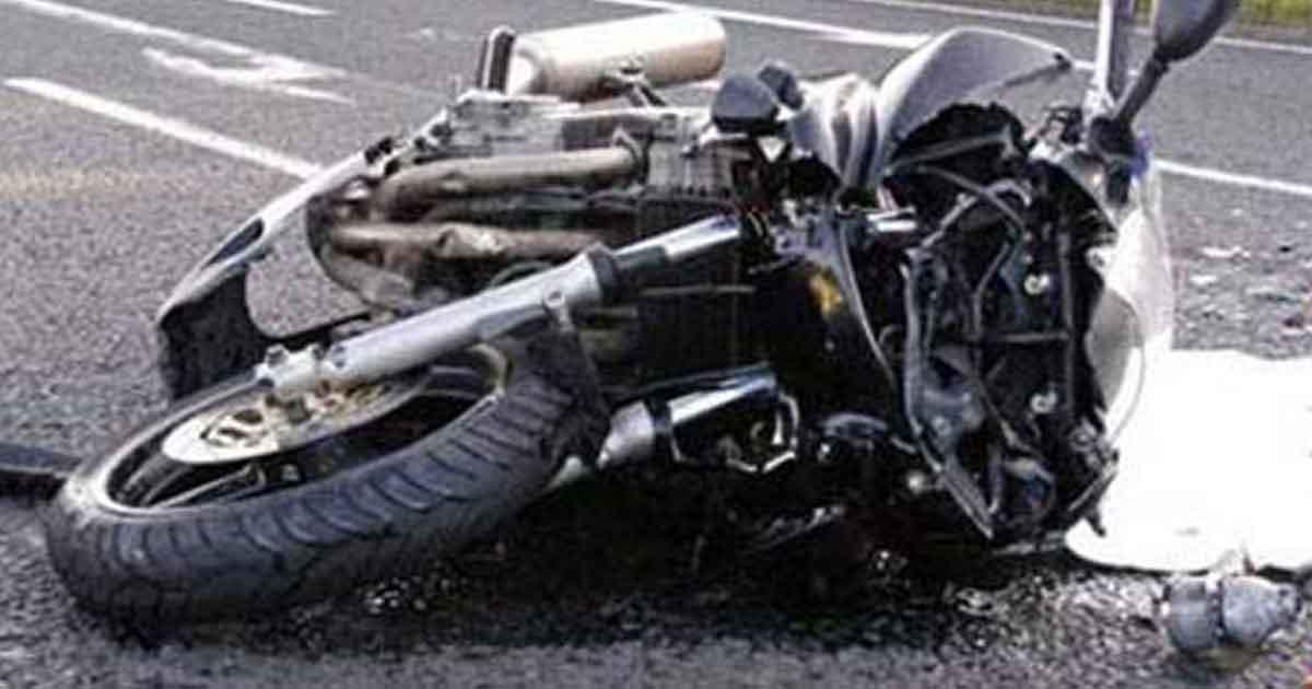 सेनाका लेफ्टिनेन्ट कर्णेल सवार कार सँग ठोक्किन पुग्दा मोटरसाइकल चालकको मृत्यु